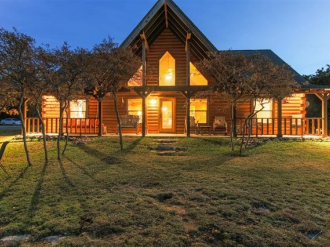974 County Road 2140, Iredell, Texas