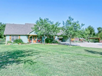 609 County Road 4290, Clifton, Texas