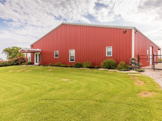 420 Crawshaw Lane, West, Texas