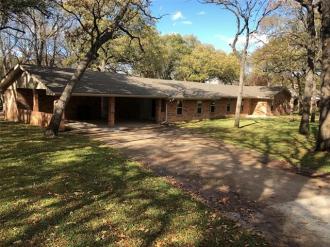 405 Navajo Trail, Hamilton, Texas