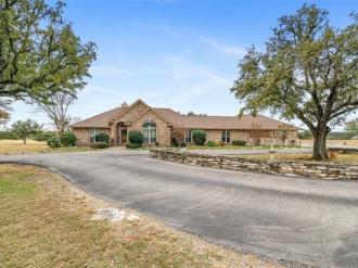 13620 State Highway 22, Cranfills Gap, Texas