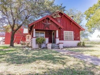 1679 County Road 3220, Clifton, Texas